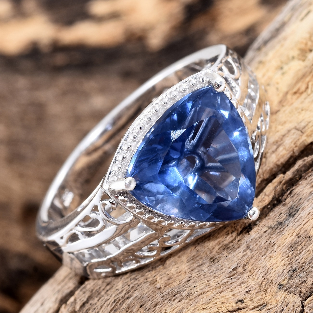 pierre fluorite bleue