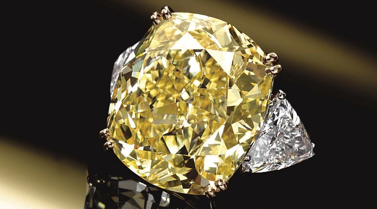 pierre diamant jaune