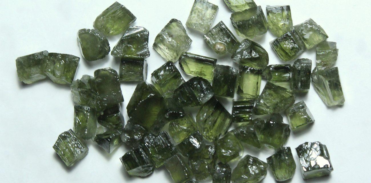 pierre tourmaline verte