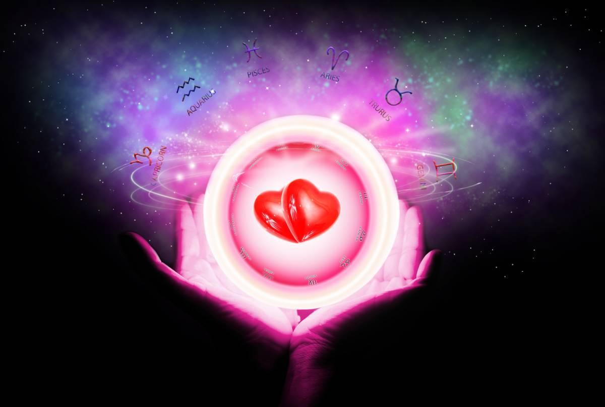 Amour, amitiés, relations personnelles : et pourquoi pas la voyance ?